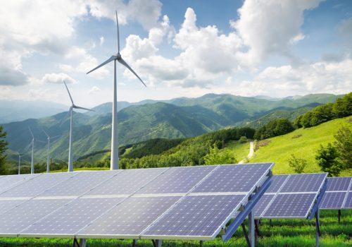Solar-and-Wind-farm-1024x731